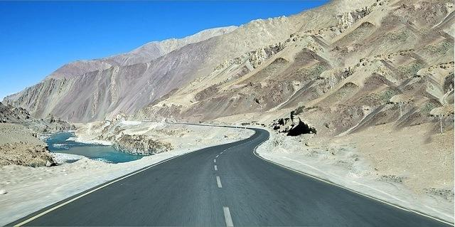 How to Reach:  Leh Tourism And Travel Guide