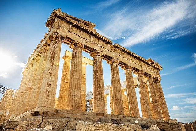 Lose yourself in Historical Sites:  Things To Do In Greece